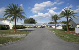 Multifamily community in Sebring